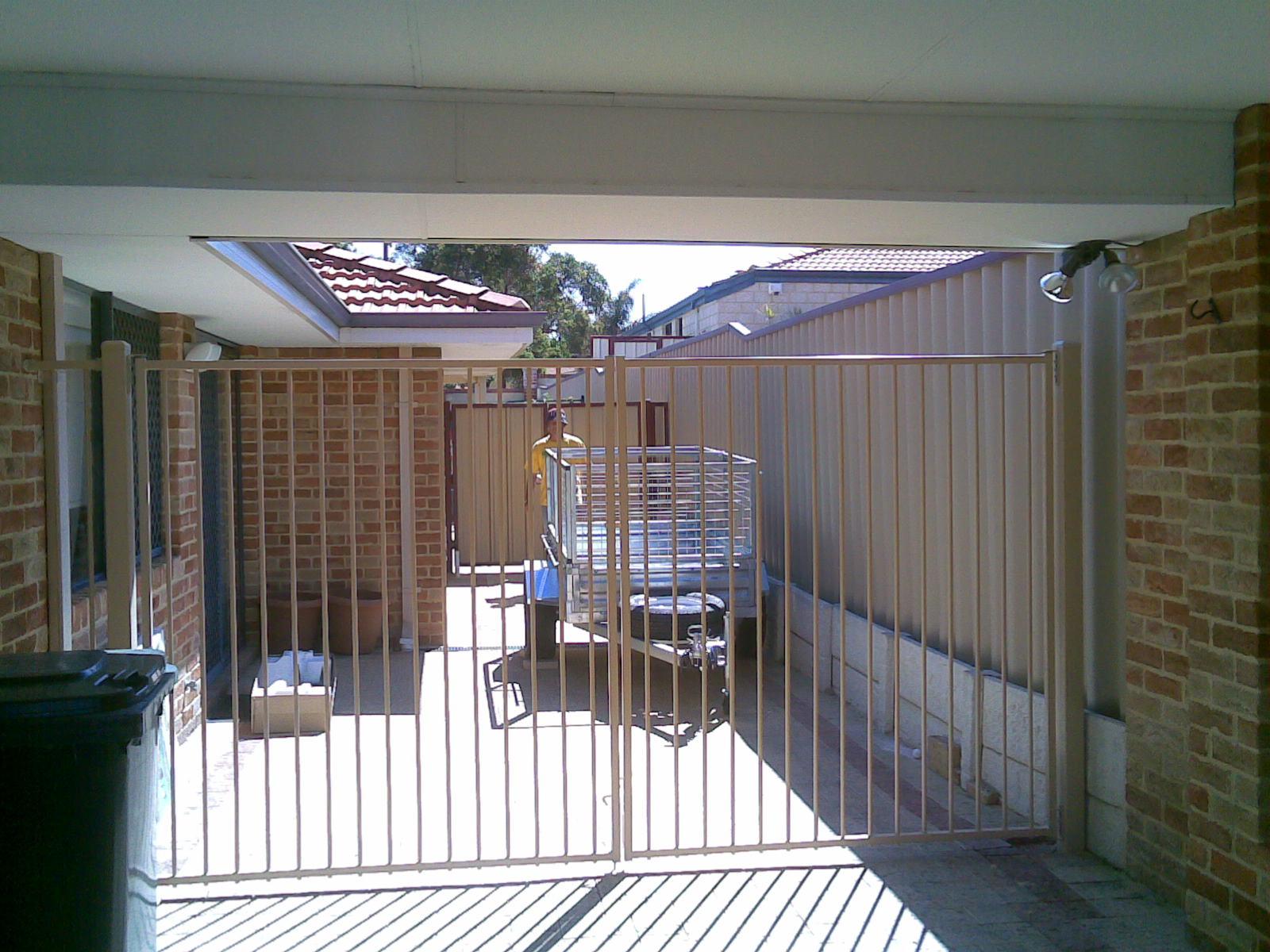 gates03
