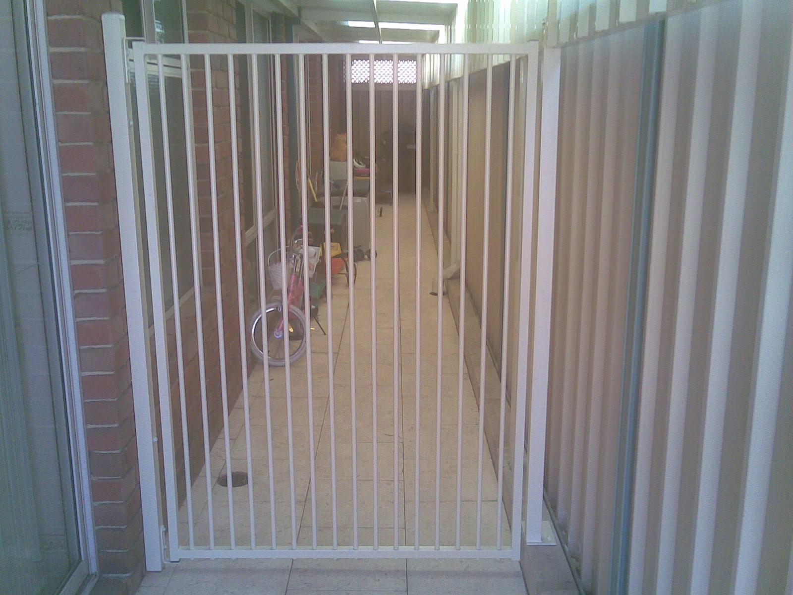 gates04